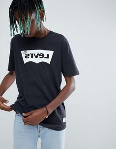 Черная футболка унисекс с логотипом Levis Line 8 - Белый