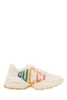 Кроссовки с блестящим логотипом Gucci