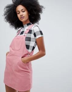 Розовый джинсовый сарафан мини Monki - Розовый