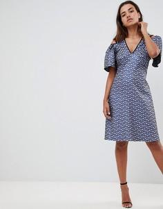 платье с оборками на рукавах и вырезом Closet London - Мульти