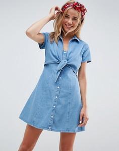 Джинсовое платье с завязкой ASOS DESIGN - Синий