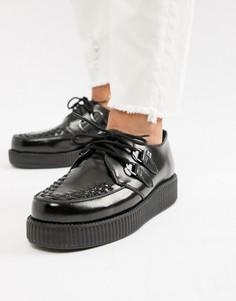 Черные блестящие кожаные криперы на платформе T.U.K - Черный