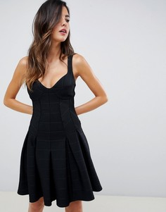 Короткое приталенное платье ASOS DESIGN - Черный