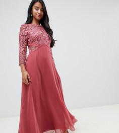 Розовое платье макси с кружевной отделкой на лифе Little Mistress Petite - Розовый