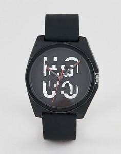 Черные часы 42 мм с силиконовым ремешком HUGO 1520004 Play - Черный