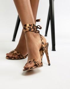 Легкие босоножки на каблуке с леопардовым принтом ASOS DESIGN Hatty - Мульти