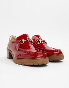 Красные лакированные кожаные лоферы на каблуке E8 By MIISTA - Красный Eeight