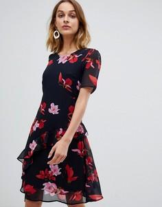 Короткое приталенное платье с цветочным принтом и оборками Vero Moda - Мульти
