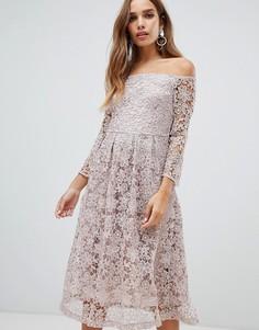 Розовато-лиловое кружевное платье миди для выпускного с широким вырезом Dolly & Delicious - Розовый