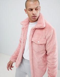 Розовая куртка из искусственного меха boohooMAN - Розовый