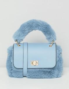 Мини-сумка с искусственным мехом и съемным ремешком ASOS DESIGN - Синий