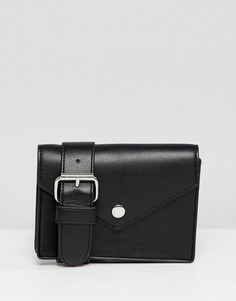 Черная сумка из искусственной кожи с ремнем Monki - Черный