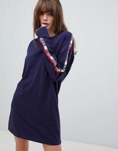 Платье с длинными рукавами и отделкой лентой Levis - Синий