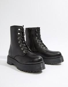 Черные ботинки со шнуровкой и толстой подошвой Missguided - Черный