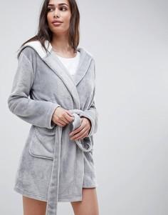 Мягкий флисовый халат на контрастной подкладке ASOS DESIGN - Серый