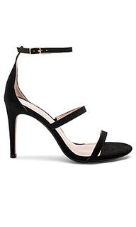 Туфли на каблуке с открытым носком hartman - RAYE