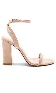 Туфли на каблуке с открытым носком valerie - RAYE