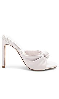Туфли на каблуке с открытым носком presley - RAYE