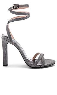 Туфли на каблуке с открытым носком nelly - RAYE