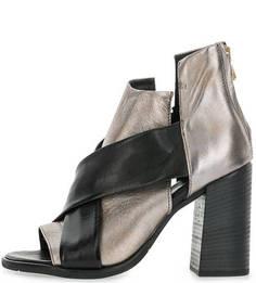 Кожаные босоножки на каблуке Mjus