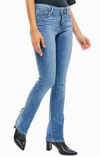 Категория: Женские джинсы клеш Levis