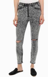 Серые джинсы с рваными деталями High waist Freebird ll One Teaspoon