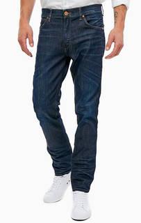 Зауженные синие джинсы с декоративными заломами Greensboro Wrangler