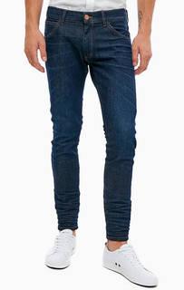 Зауженные синие джинсы с декоративными заломами Bryson Wrangler