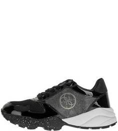Кроссовки на шнуровке с объемной подошвой Guess