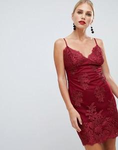 Кружевное платье мини с фигурными краями City Goddess - Красный
