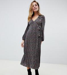 Платье макси с цветочным принтом и запахом ASOS DESIGN Petite - Мульти