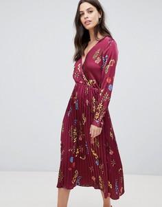 Атласное платье миди с плиссированной юбкой и цветочным принтом Liquorish - Красный