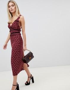 Платье макси с принтом сердец Fashion Union - Красный