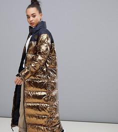 Длинная куртка медного цвета The North Face Womens Nuptse - Золотой