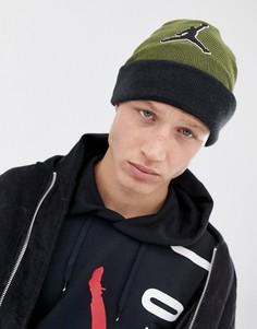 Шапка-бини цвета хаки Nike Jordan AA1302-395 - Зеленый