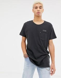 Длинная футболка Levis Line 8 - Черный