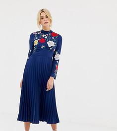 Плиссированное платье миди с высоким воротом и вышивкой ASOS DESIGN Tall - Темно-синий