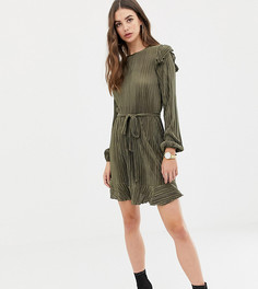 Плиссированное платье с длинными рукавами и оборками ASOS DESIGN Tall - Зеленый