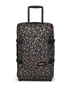 Тканевые чемоданы Eastpak
