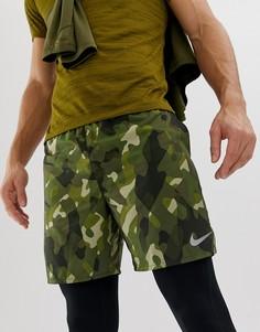 Шорты цвета хаки с камуфляжным принтом Nike Running AH0031-355 - Зеленый