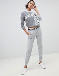 Спортивные штаны с логотипом на поясе DKNY - Серый