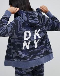 Худи на молнии с камуфляжным принтом и логотипом DKNY - Мульти