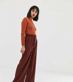 Широкие брюки с завышенной талией и поясом Vero Moda Petite - Коричневый