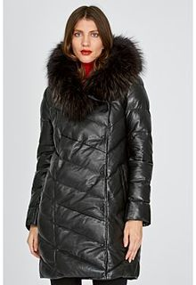 Кожаное пальто с отделкой мехом енота La Reine Blanche