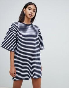 Платье-футболка в стиле oversize в синюю полоску со звездочкой Missguided - Мульти