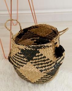 Корзина с черными кисточками Sass & Belle seagrass - Мульти