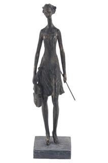 Напольная скульптура UMA