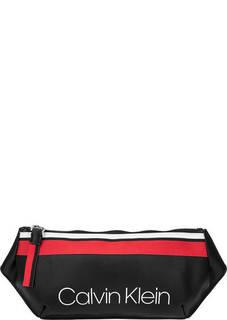 Поясная сумка с логотипом бренда Calvin Klein