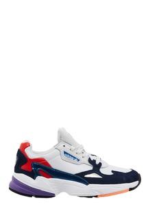 Красно-сине-белые кроссовки Falcon Adidas