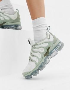 Серые кроссовки Nike Air Vapormax Plus - Серый